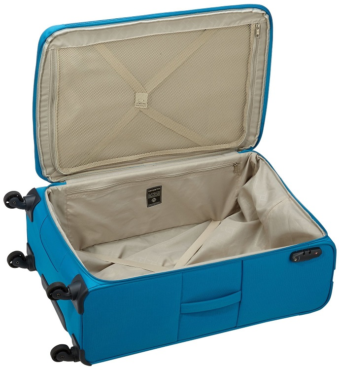 Inside the Samsonite Base Hits Spinner Suitcase