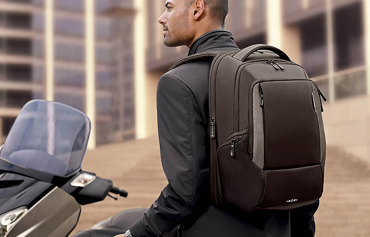 Top 10 Best Laptop Backpacks 2018 - Ideal For Business and Travel f6e9998e3