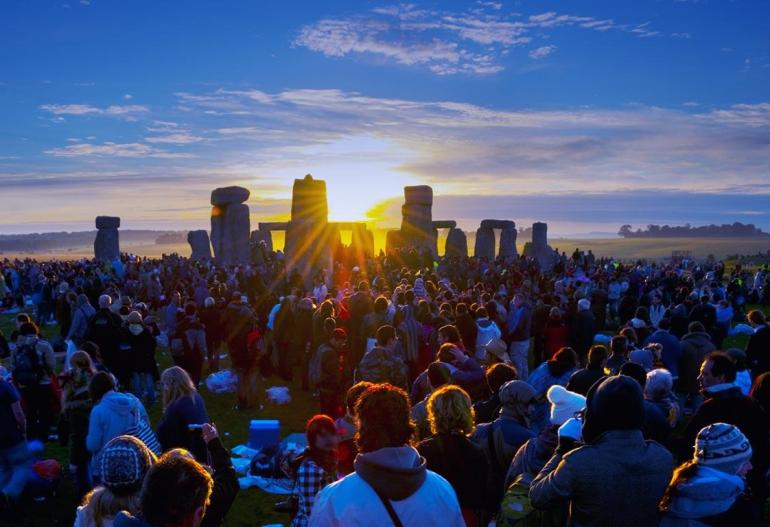 summary of nick joaquin s summer solstice June solstice in new york, new york, usa is on  one of the world's oldest evidence of the summer solstice's importance in culture is stonehenge in england,.