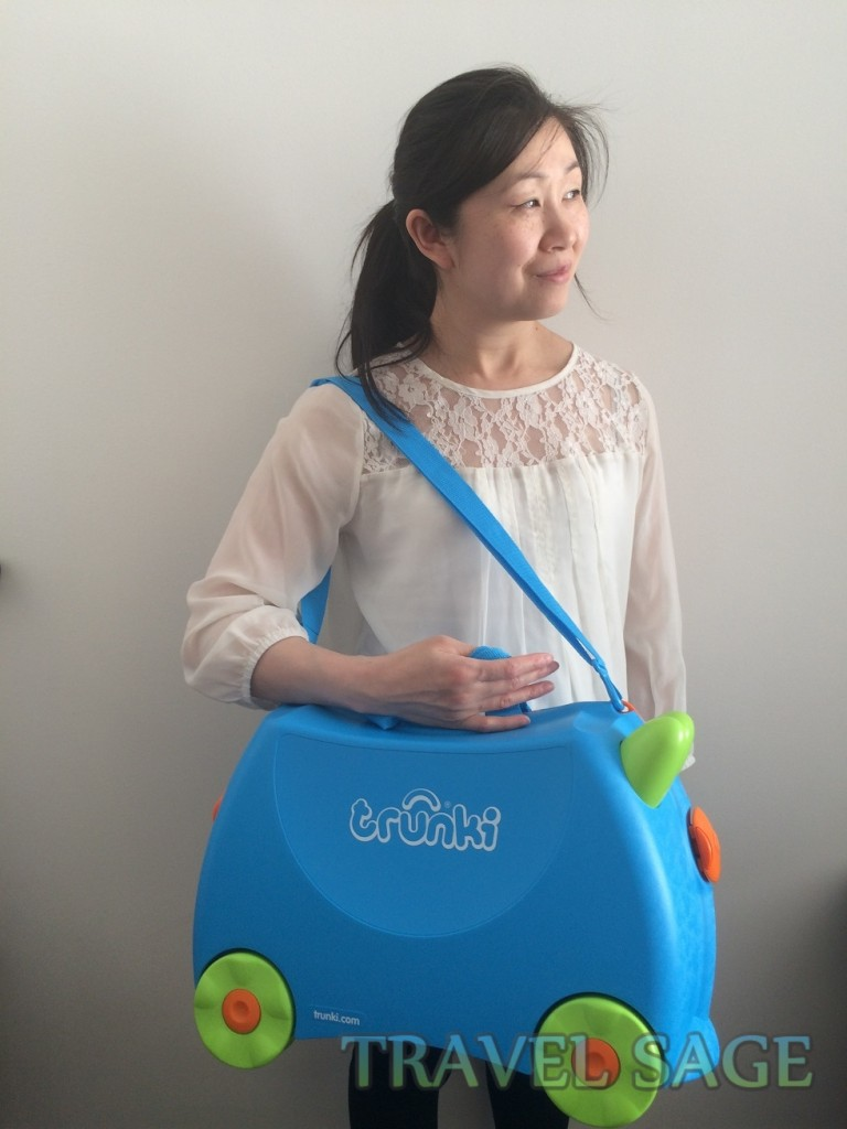 Carrying the Trunki Ride-On Suitcase