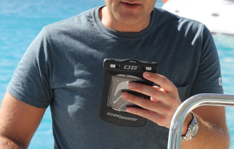Top 5 Best Waterproof Phone Pouches