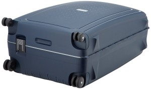 Bottom of the Samsonite S'Cure Suitcase