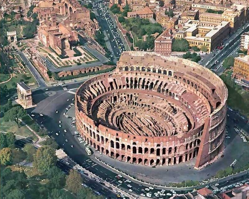 Best Time to Visit The Colosseum, Rome, Italy